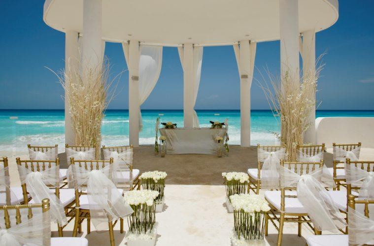 Where secrecy meets luxury celebrity caribbean weddings potent where secrecy meets luxury celebrity caribbean weddings junglespirit Image collections