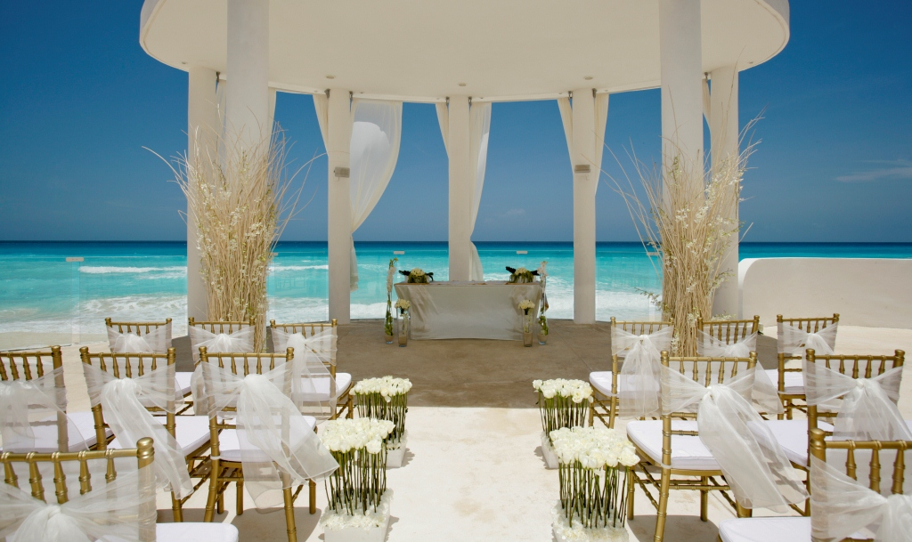 Where secrecy meets luxury celebrity caribbean weddings potent where secrecy meets luxury celebrity caribbean weddings potent magazine junglespirit Images