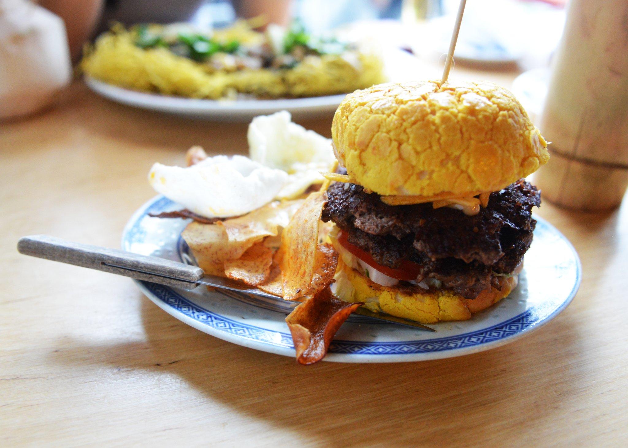 chinese-pineapple-bun-burger